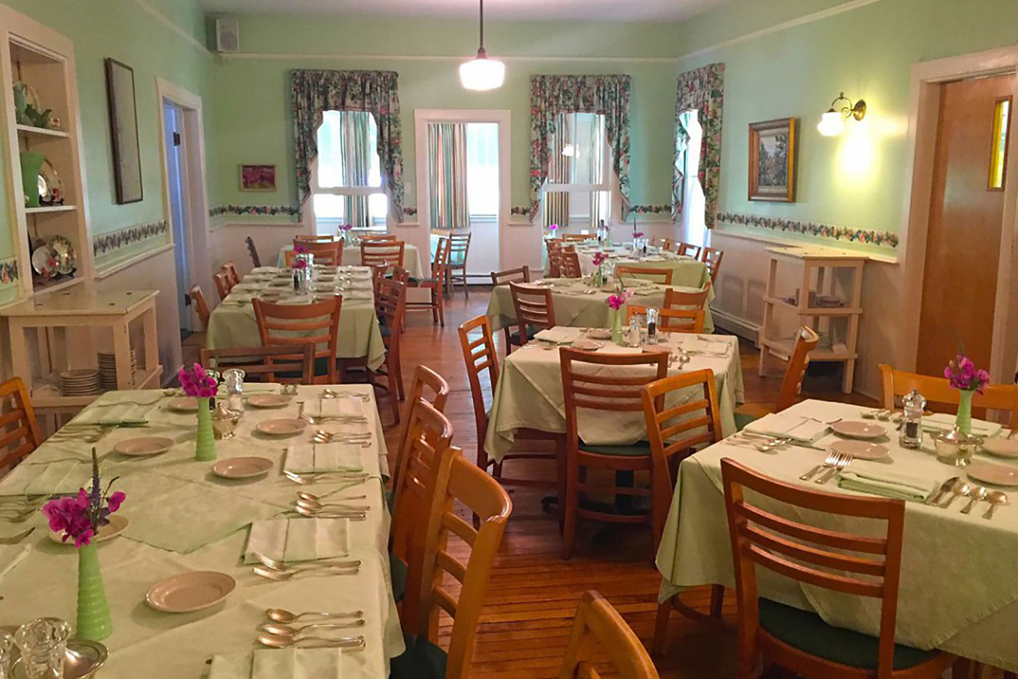 Watervale Inn Dining Room
